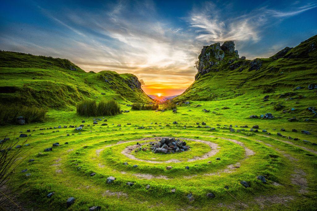 Kamienny krąg - miejsce pogańskiego kultu